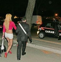Violentò una transessuale al Cie di via Corelli. Agente di polizia condannato a sette anni.