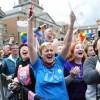 """L'Irlanda sceglie l'uguaglianza. L'arcivescovo di Dublino: """"Rivoluzione"""""""