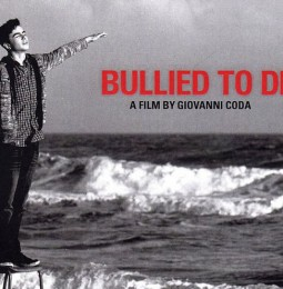 """Visioni Solidali: Martedì 5 Luglio Giovanni Coda a Sassari con """"Bullied to death"""""""