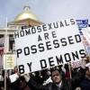 Francia: in preghiera contro i matrimoni gay