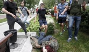 Violenze contro un omosessuale a Mosca