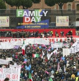 Gaffe, travestimenti ridicoli e poca partecipazione. Il flop del Family Day